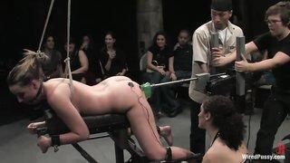 bdsm-seks-video-na-publike