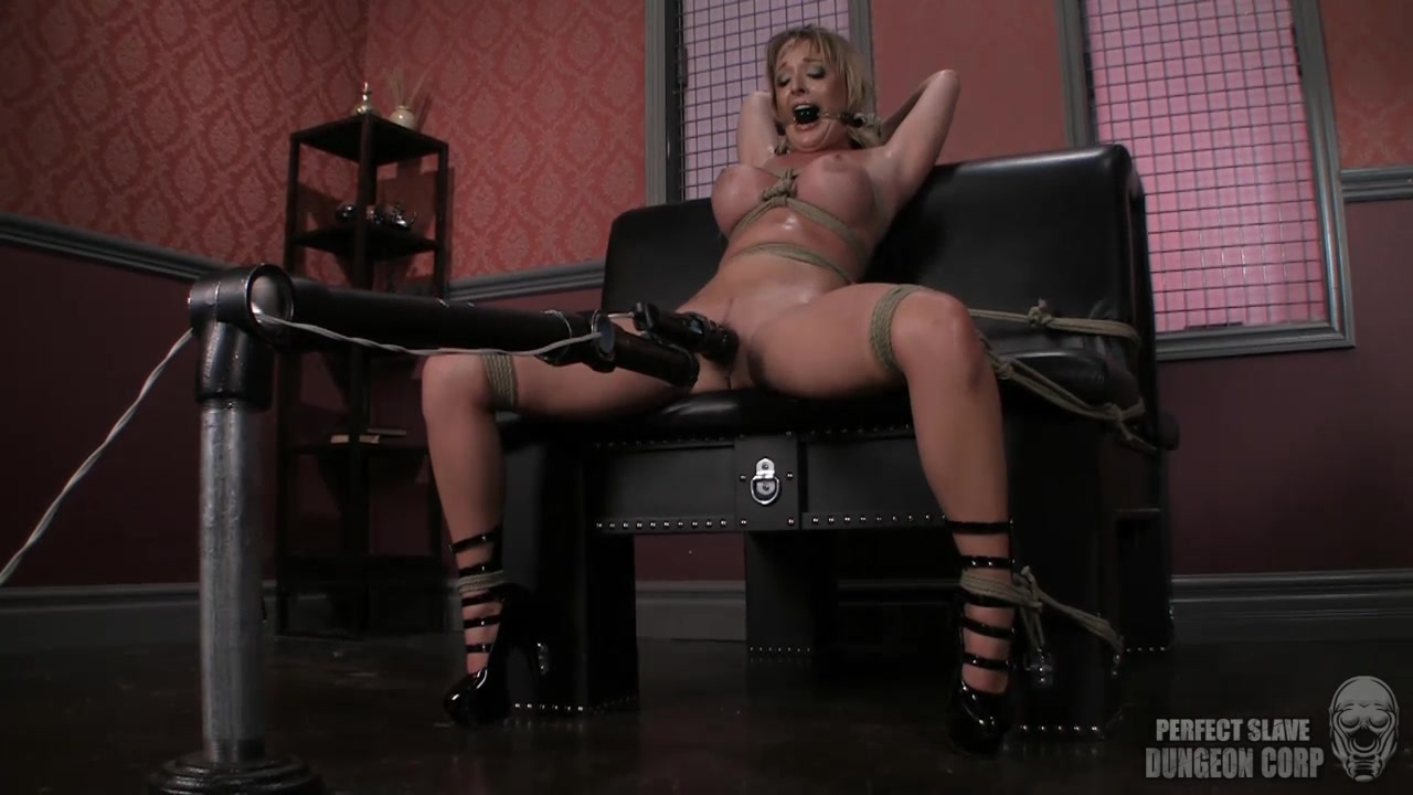MILF Sex machine